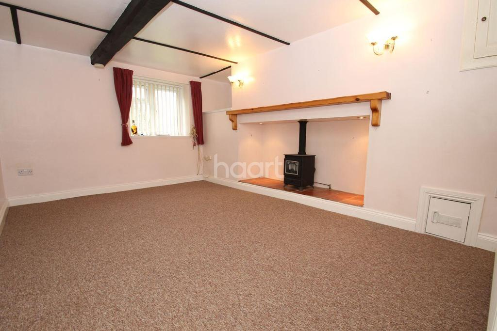 3 Bedrooms Semi Detached House for sale in Upper Stratton