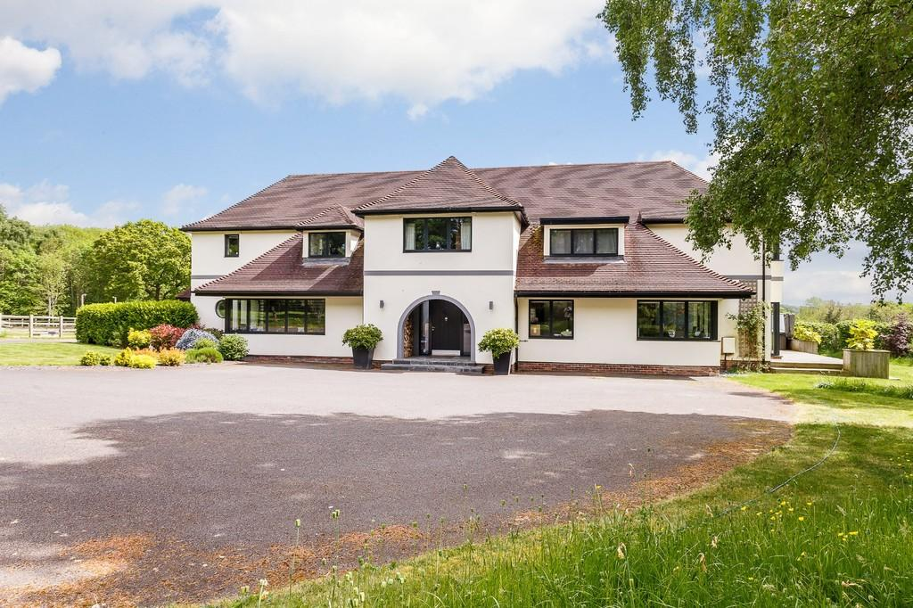 6 Bedrooms Detached House for sale in Coed Duon, Tremeirchion