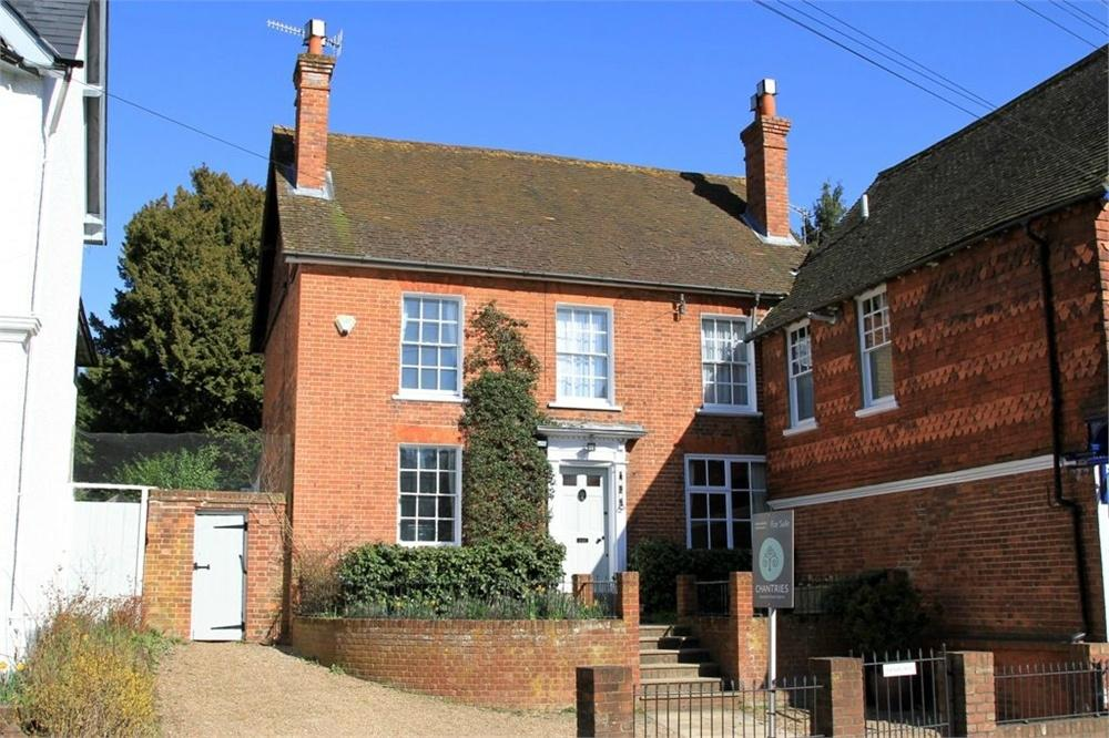 3 Bedrooms Semi Detached House for rent in High Street, Bramley, Guildford, Surrey