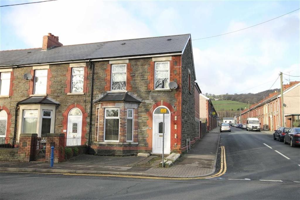 3 Bedrooms End Of Terrace House for sale in Newport Road, Trethomas, CF83