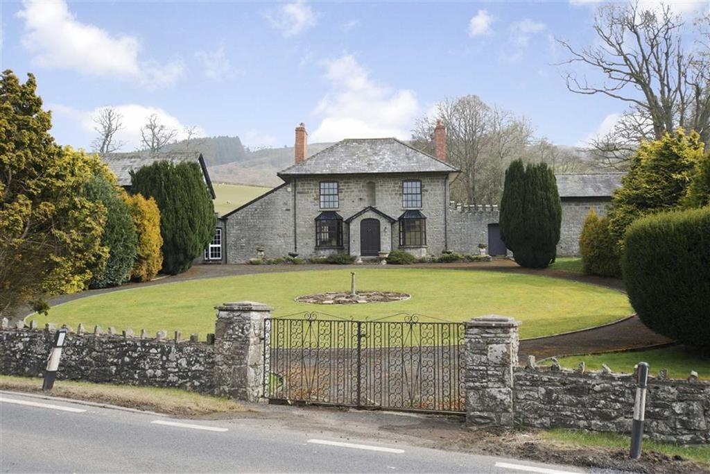 4 Bedrooms Unique Property for sale in Llanelwedd, Builth Wells, Builth Wells, Powys
