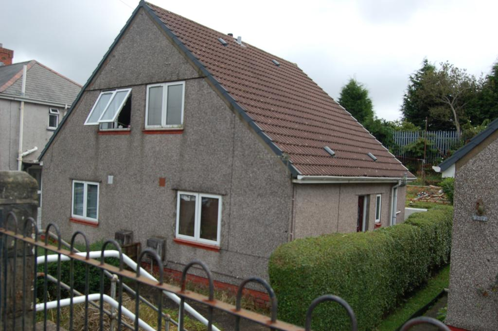 2 Bedrooms House for sale in Townhill Road, Townhill, Swansea SA1