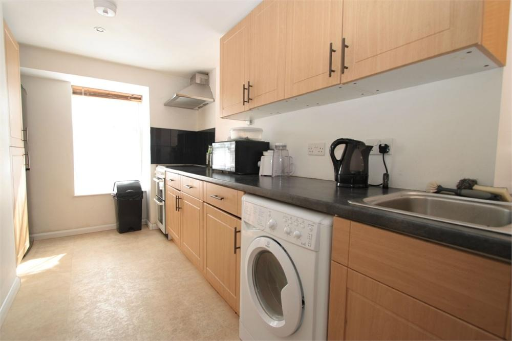 2 Bedrooms Flat for sale in 28 Allez Street, St Peter Port
