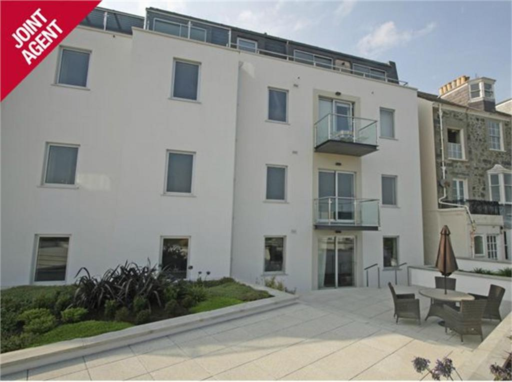 2 Bedrooms Flat for sale in Apartment 4, Clifton Heights, Les Canichers, St Peter Port, TRP 99