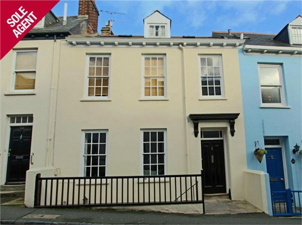 4 Bedrooms Terraced House for sale in 110 Victoria Road, St Peter Port, TRP 207