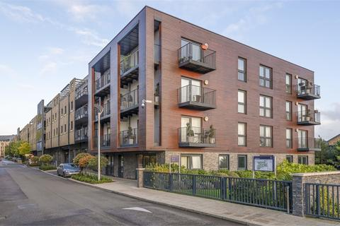 1 bedroom flat for sale - Moore Court, Howard Road, Stanmore, Greater London
