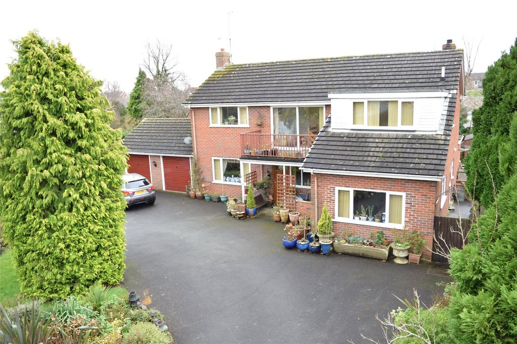 4 Bedrooms Detached House for sale in Withy Avenue, Forden, Welshpool, Powys