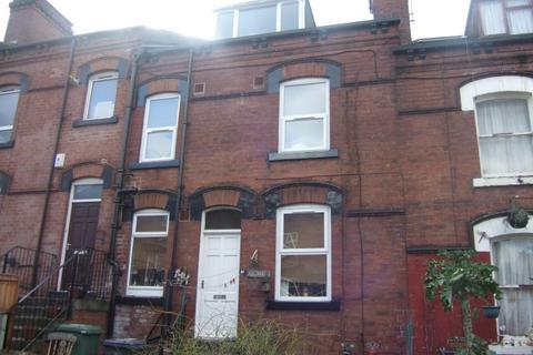 2 bedroom terraced house to rent - Bayswater Mount - Harehills