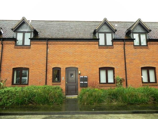 1 Bedroom Ground Flat for sale in The Greaves,Minworth,Sutton Coldfield