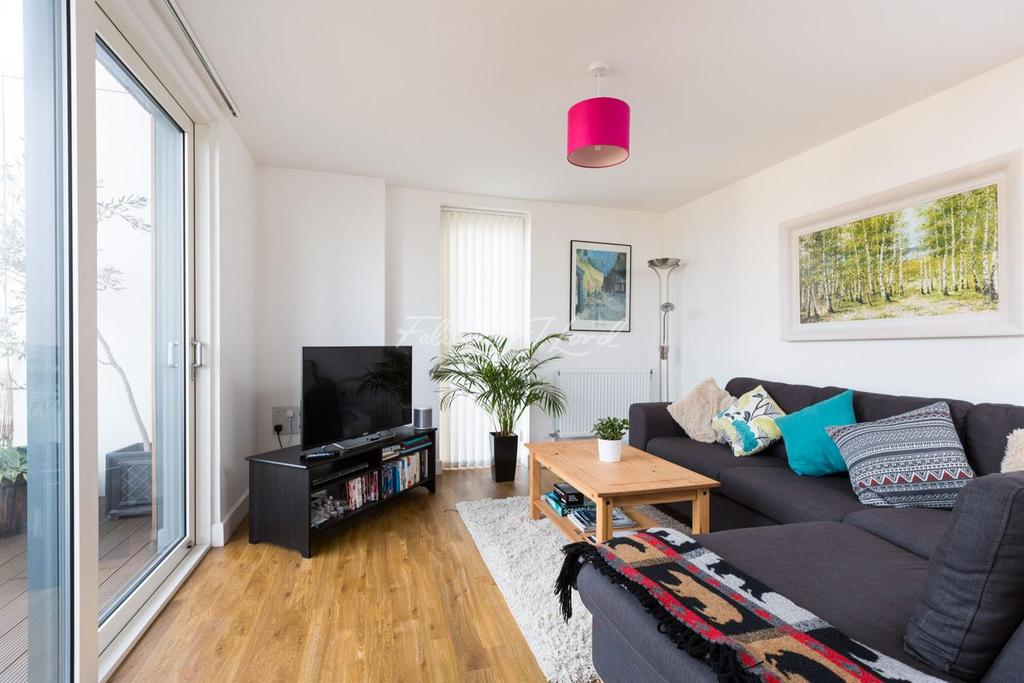 2 Bedrooms Flat for sale in Abraham House, Hackney, E8
