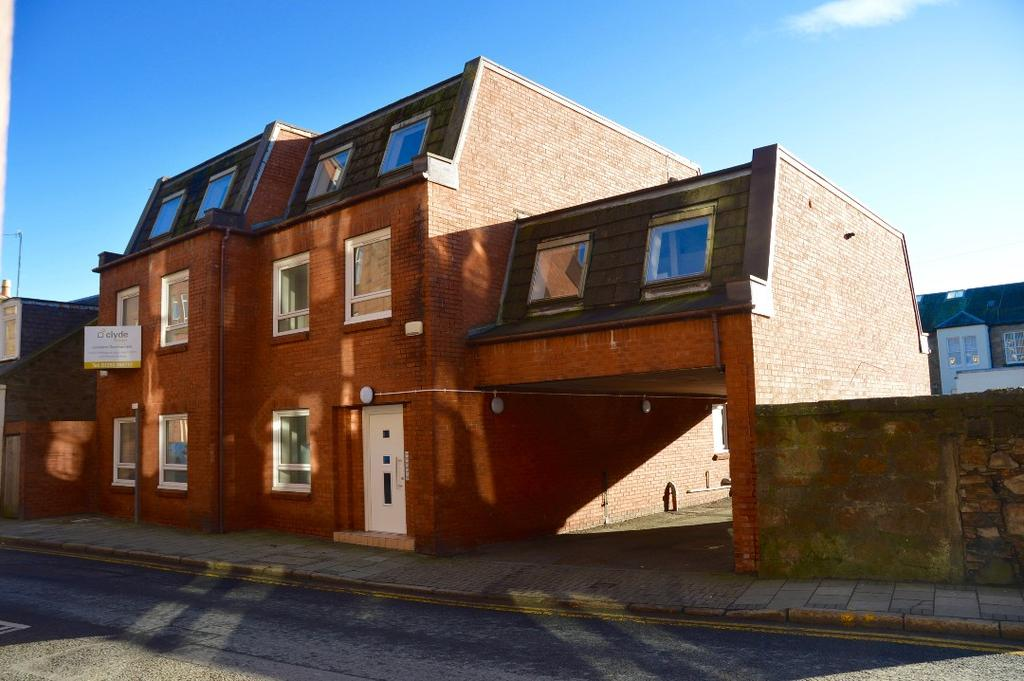 2 Bedrooms Apartment Flat for sale in Dalblair Road, Ayr, Ayrshire, KA7 1UQ