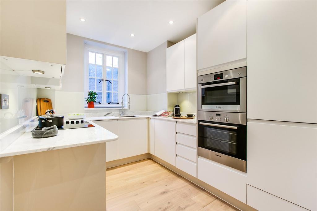 1 Bedroom Flat for sale in Chelsea Manor Street, Chelsea