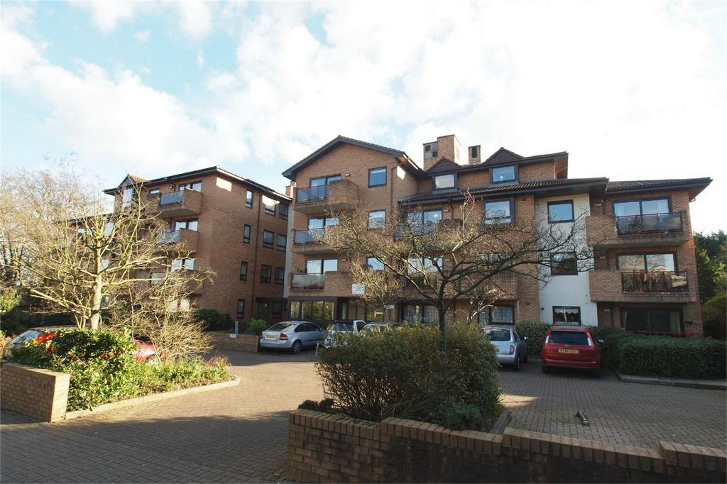 1 Bedroom Retirement Property for sale in Challoner Court, 224 Bromley Road, Shortlands, Kent