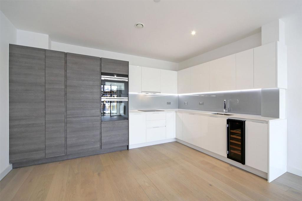 3 Bedrooms Flat for sale in River Gardens Walk, Banning Street, Greenwich, London, SE10