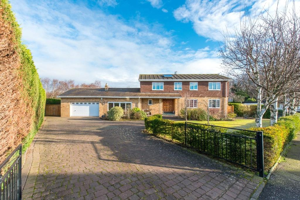 4 Bedrooms Detached House for sale in 16 The Spinneys, Dalgety Bay, Dunfermline, Fife, KY11