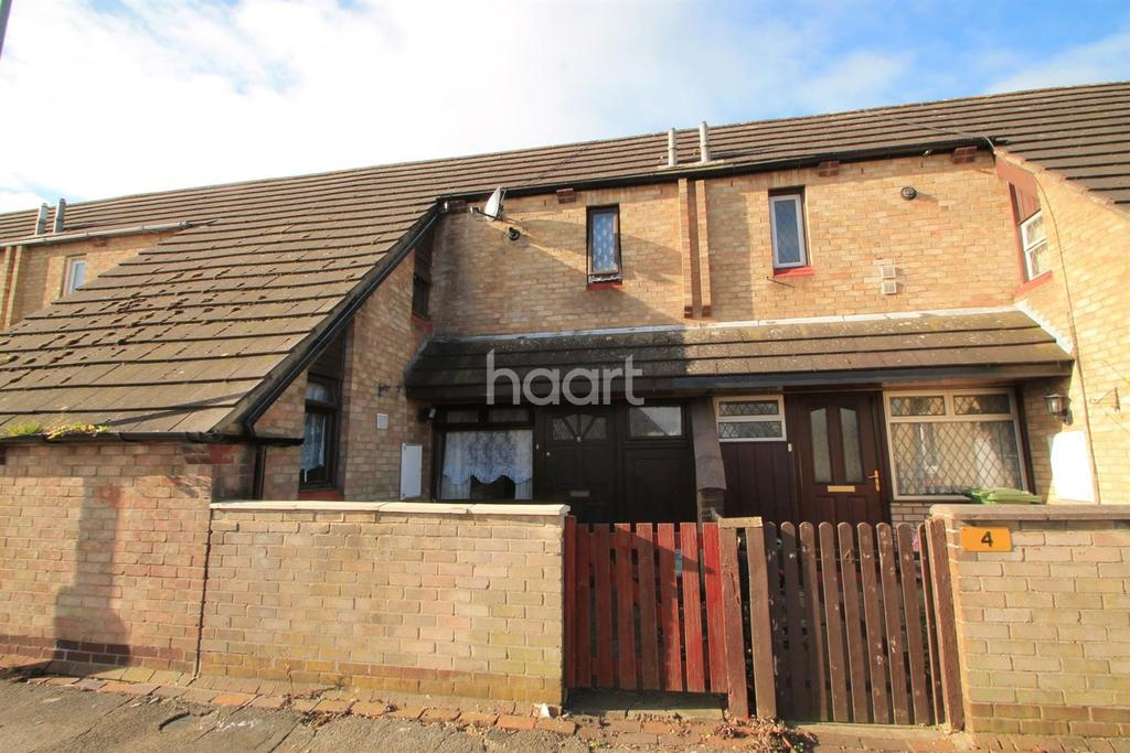 3 Bedrooms Terraced House for sale in Moretons, Basildon