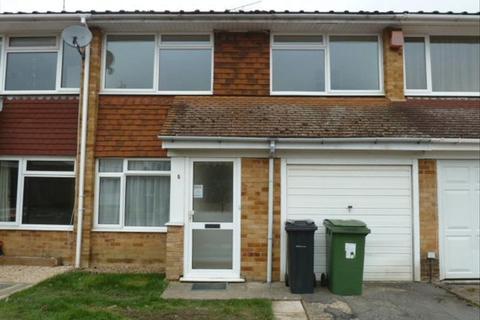 3 bedroom terraced house to rent - STAPLEHURST