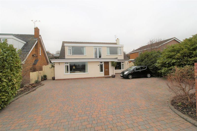 5 Bedrooms Detached House for sale in Davenport Road, Lower Heswall