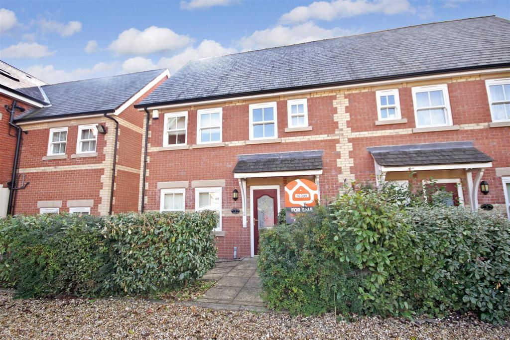 3 Bedrooms Semi Detached House for sale in Queens Road, Oswestry