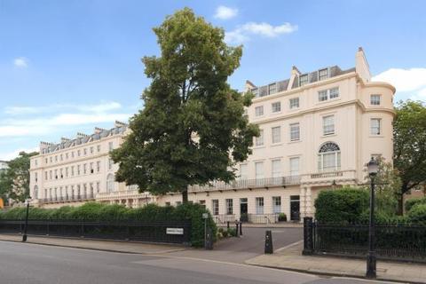 4 bedroom flat for sale - Cambridge Terrace, London, NW1