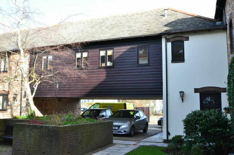 1 Bedroom Flat for sale in TRAFALGAR COURT, TOPSHAM, NR EXETER, DEVON
