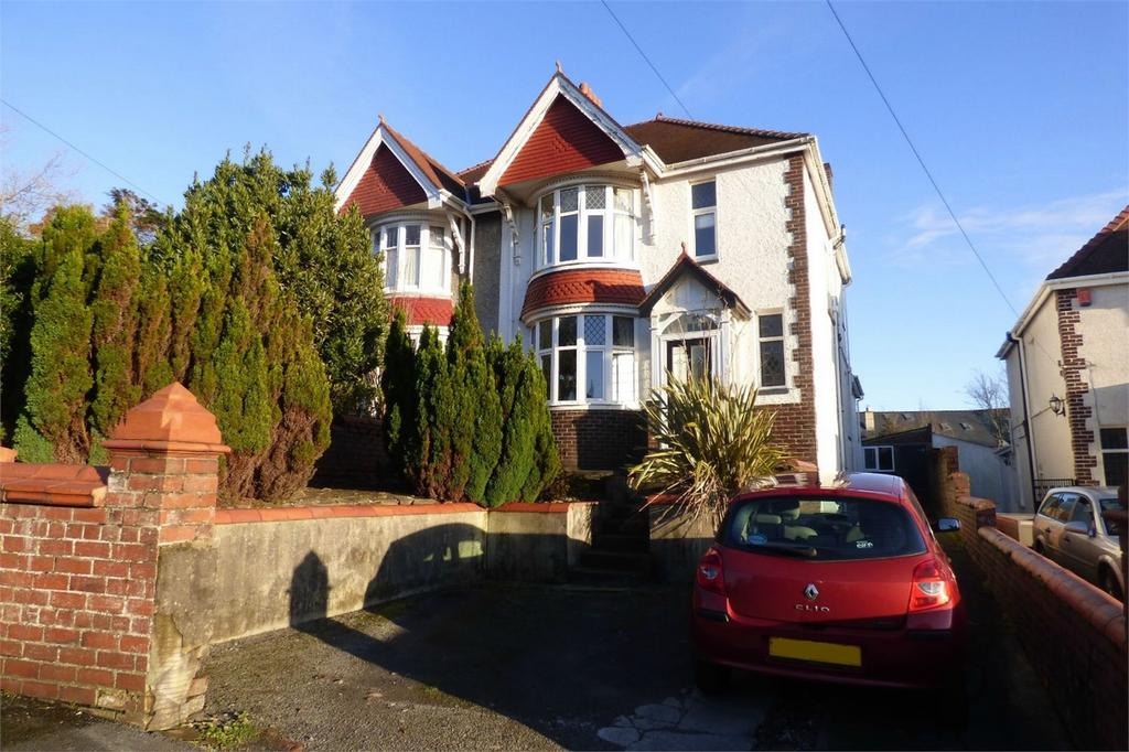 3 Bedrooms Semi Detached House for sale in 11 Harries Avenue, Llanelli, Carmarthenshire