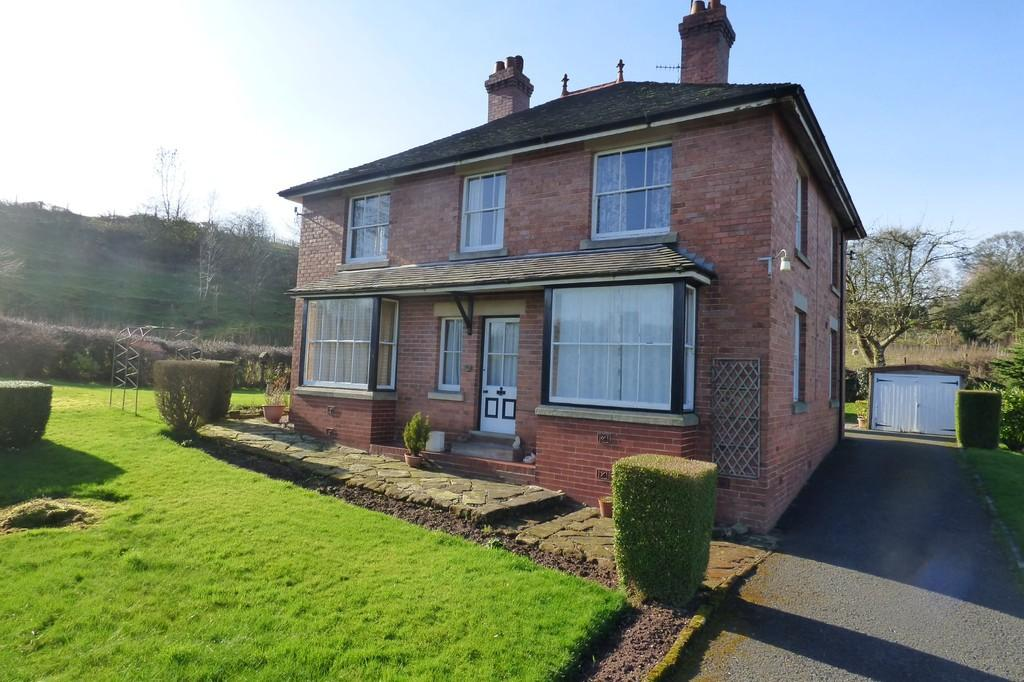 4 Bedrooms Detached House for sale in Cedar Hill, Alton, Stoke on Trent, Staffordshire, ST10 4BQ