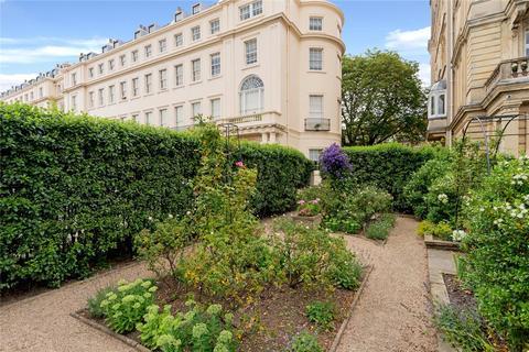 4 bedroom flat for sale - Cambridge Terrace, Regent's Park, London, NW1