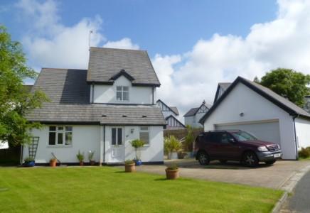 3 Bedrooms Detached House for sale in Fairways Drive, Mount Murray, Santon, Isle of Man, IM4