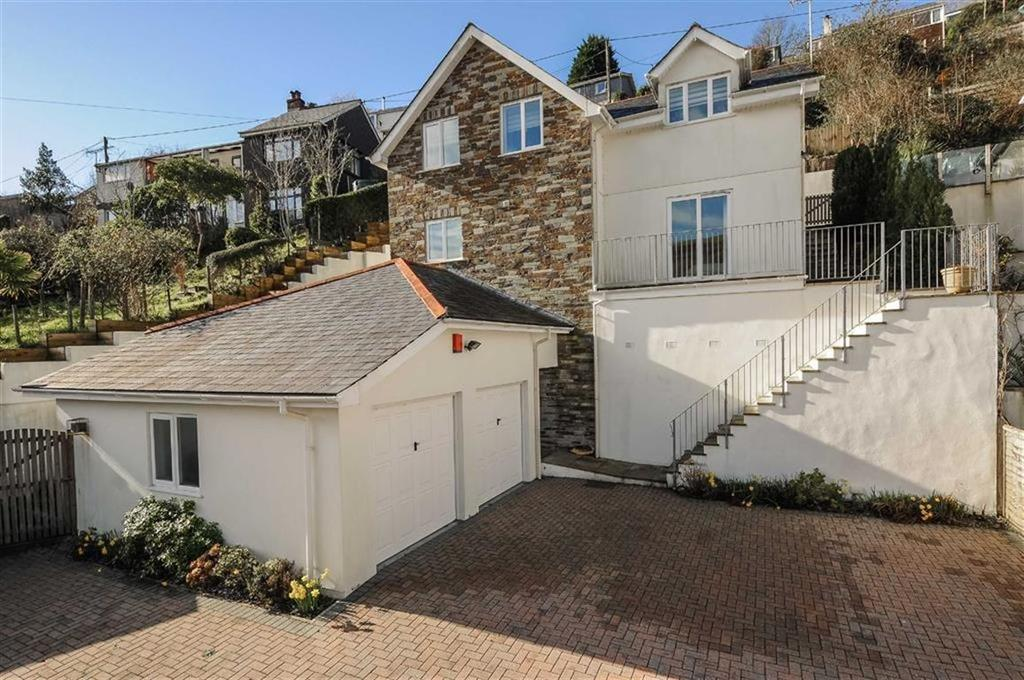 4 Bedrooms Detached House for sale in Hessenford Road, Torpoint, Cornwall, PL11