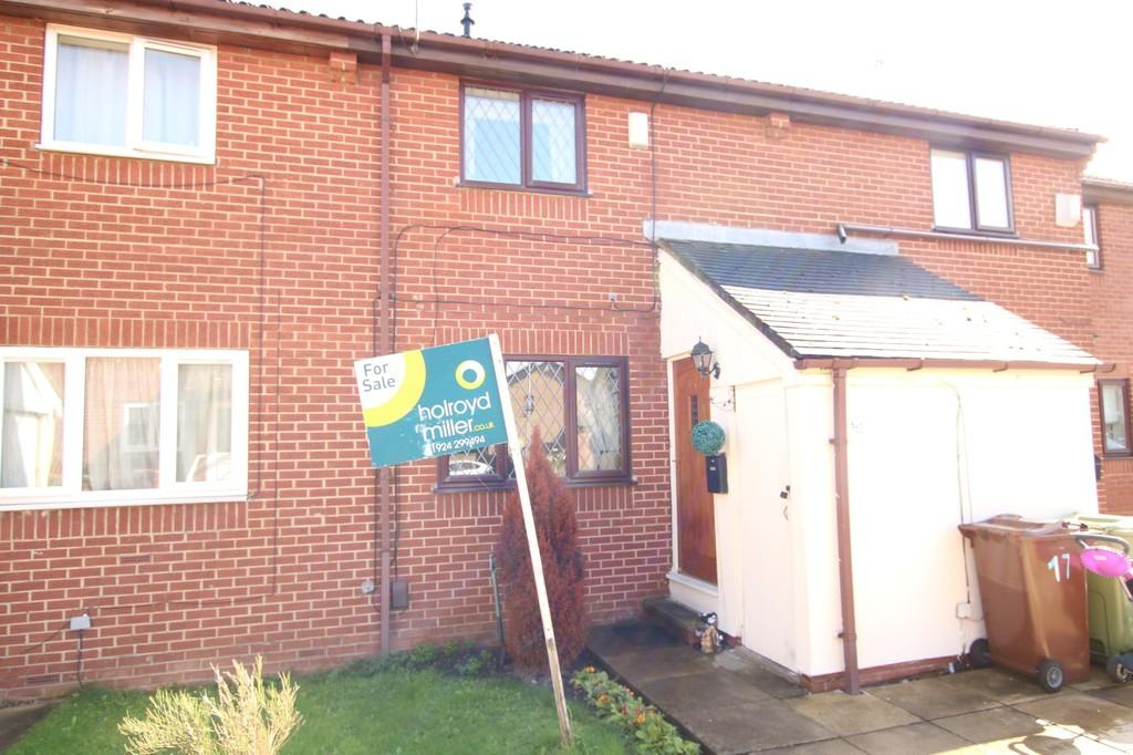 2 Bedrooms Town House for sale in Sycamore Copse, Wakefield