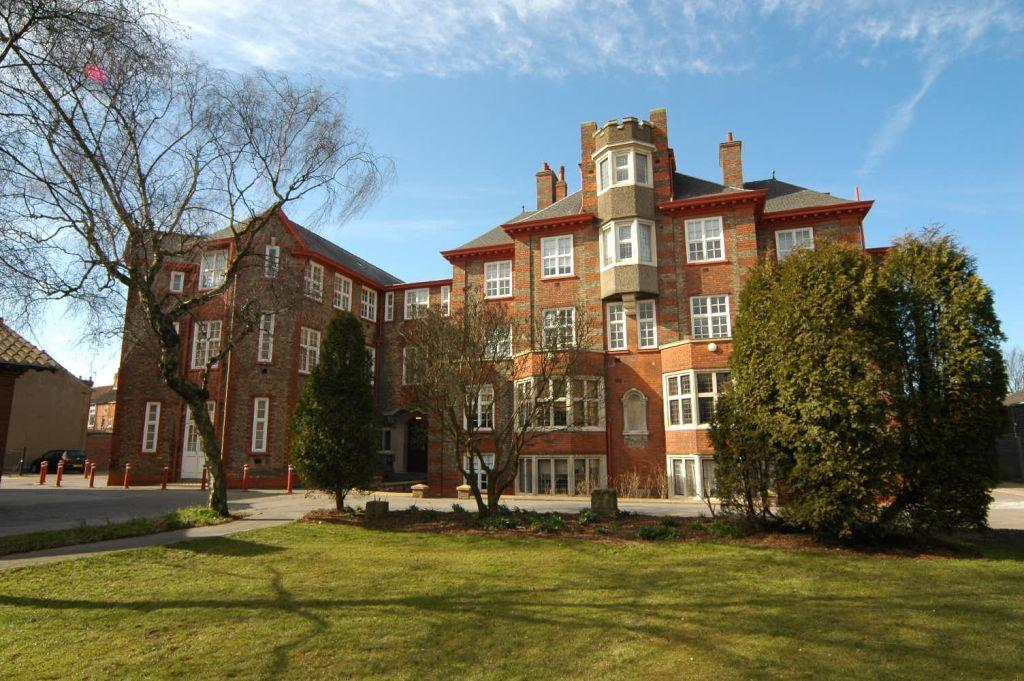 2 Bedrooms Apartment Flat for rent in St Vincents Court, Off Princes Avenue
