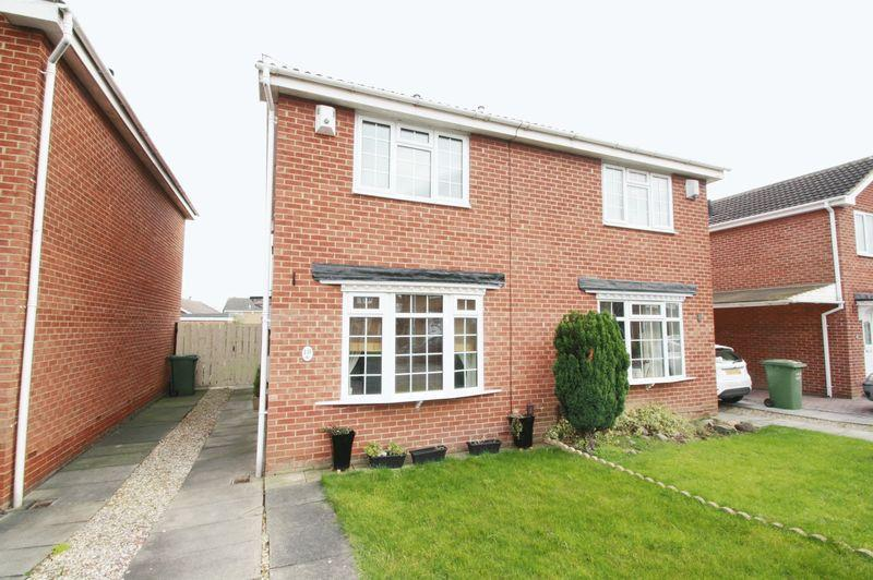 2 Bedrooms Semi Detached House for sale in Beccles Close, Elm Tree, Stockton, TS19 0XB