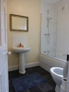1 bedroom property to rent - 344 Hainton Avenue, Grimsby R1 Large Double
