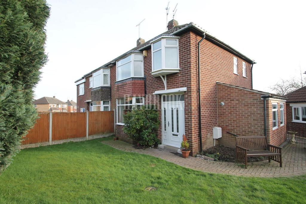 3 Bedrooms Semi Detached House for sale in Weetwood Road, Grange Estate
