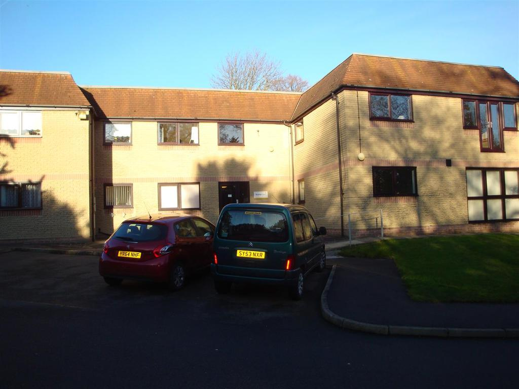 1 Bedroom Flat for sale in 62 Bunting House, Lifestyle Village, High Street, Old Whittington. S41 9LQ