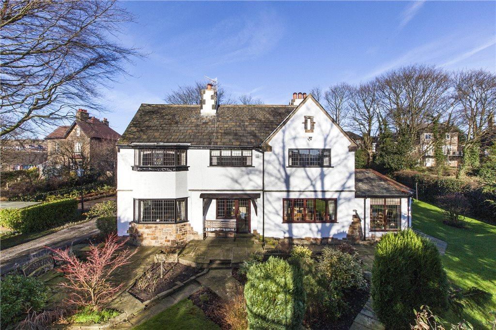 5 Bedrooms Detached House for sale in Fyfe Lane, Baildon