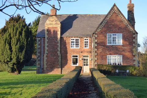 4 bedroom detached house to rent - Church Lane, Waithe, Grimsby, DN36 5PR