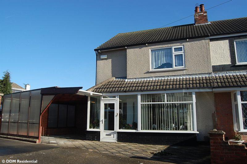 3 Bedrooms Semi Detached House for sale in Walker Avenue, Grimsby