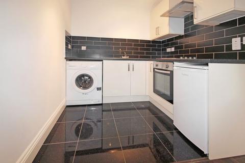 Studio to rent - Goulton Road, London, E5