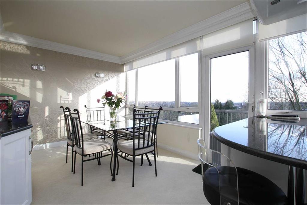 3 Bedrooms Penthouse Flat for sale in Hadley Road, Barnet, Herts, EN5