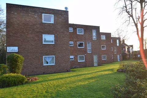2 bedroom flat to rent - 'The Gables' Brooklands Road, Sale, Cheshire