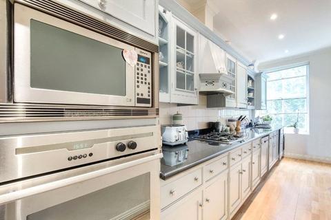 3 bedroom flat to rent - Upper Brook Street, Mayfair, London