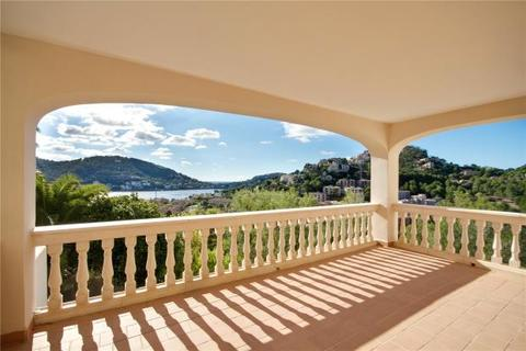 3 bedroom apartment  - Apartment With Harbour Views, Port D' Andratx, Mallorca