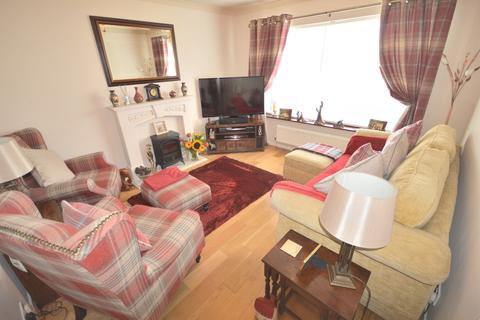 3 bedroom terraced house to rent - Buxton Crescent, Sale