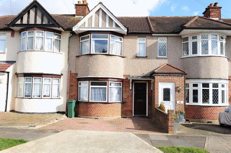3 Bedrooms Terraced House for rent in Bempton Drive, Ruislip