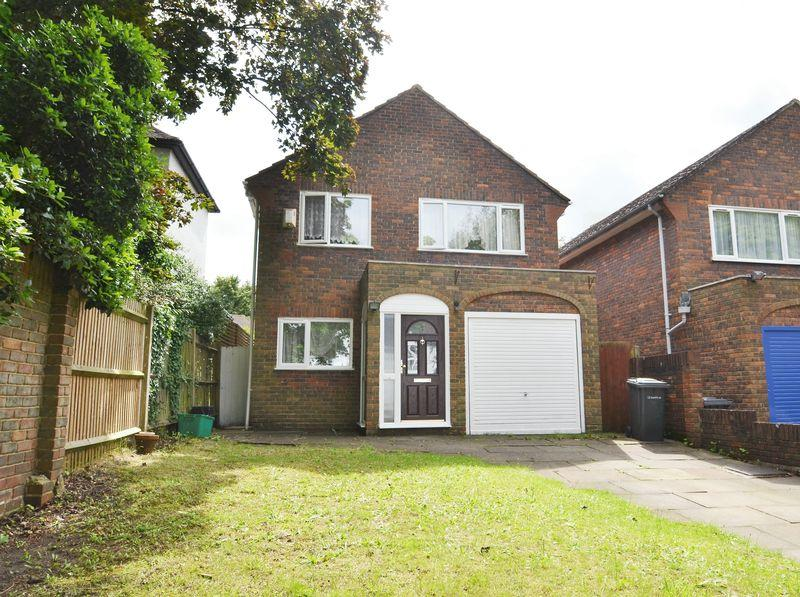 3 Bedrooms Detached House for sale in Bromley