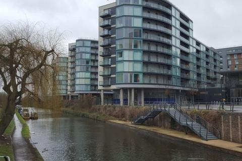 Studio to rent - Cardinal Building, High Point Village, Station Approach, Hayes, Greater London. UB3 4BQ