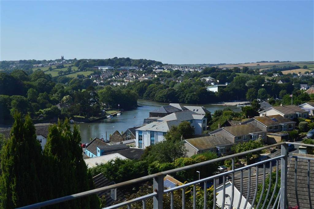 4 Bedrooms Detached House for sale in Lower Warren Road, Kingsbridge, Devon, TQ7