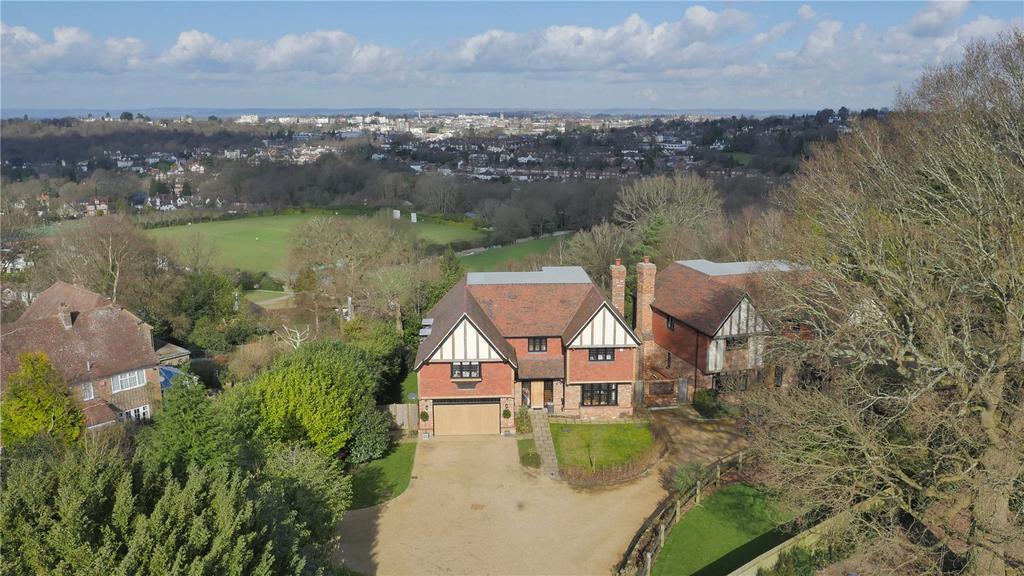 5 Bedrooms Detached House for sale in Forest Road, Tunbridge Wells, Kent, TN2